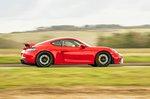 Porsche Cayman GT4 2021 right tracking