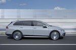 Volkswagen Golf Alltrack 2021 right tracking