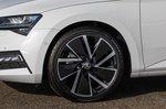 Skoda Superb iV 2021 wheel detail