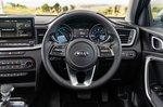 Kia XCeed PHEV 2021 interior dashboard