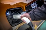Renault Captur E-Tech PHEV 2021 charging socket