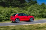 Volkswagen T-Roc 2021 right tracking