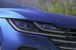Volkswagen Arteon Shooting Brake 2021 headlight detail