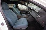 Peugeot 308 2021 interior front seats