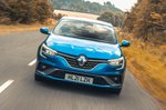 Renault Megane 2021 front tracking