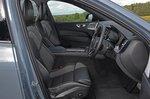 Volvo XC60 2021 interior front seats