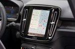 Volvo C40 Recharge 2022 interior infotainment