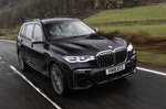 BMW X7 2019 UK front right tracking shot