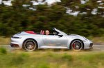 Porsche 911 Cabriolet 2019 UK right panning
