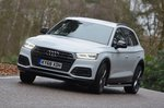 Audi Q5 2019 front left tracking shot