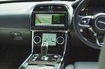 Jaguar XE 2019 RHD centre console