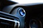 Lexus RC 2019 dashboard detail