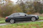 Mercedes-Benz C-Class 2019 right panning shot