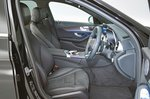 Mercedes-Benz C-Class 2019 front seats