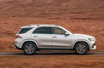 Mercedes GLE 2019 right tracking shot