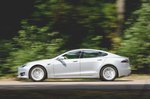 Tesla Model S 2017 left panning shot