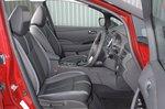 Nissan Leaf 2020 front seats