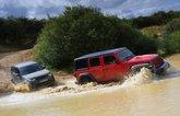 Jeep Wrangler vs Land Rover Discovery