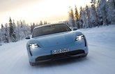 Porsche Taycan 4S in snow front