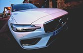 Volvo S60 front wide angle