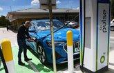 LT Audi E-tron Sportback charging