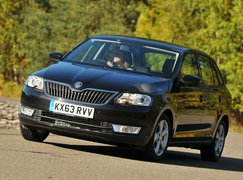 Skoda Rapid Spaceback front