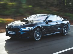 BMW 8 Series 2019 front tracking shot