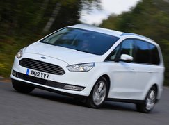 Ford Galaxy 2021 front cornering