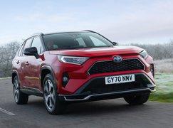 Toyota RAV4 PHEV 2021 front cornering