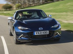 Mazda MX-5 2021 front tracking