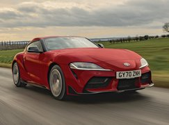 Toyota GR Supra 2021 front right tracking