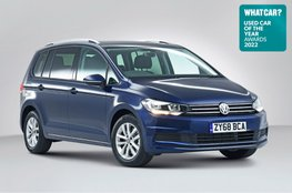 Used Car of the Year 2022 - Volkswagen Touran with badge