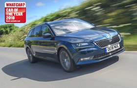 2018 Skoda Superb estate front three-quarter