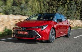 Toyota Corolla 2019 left front cornering shot