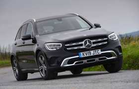 Mercedes-Benz GLC 2019 front cornering