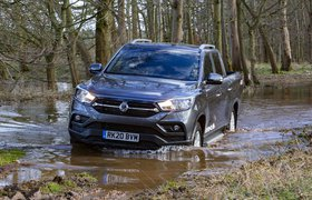 Ssangyong Musso 2020 front tracking