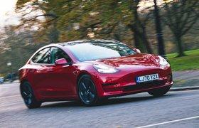 Tesla Model 3 2021 front cornering