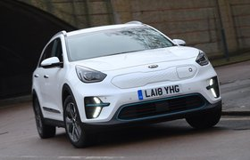 Kia e-Niro 2019 front right three quarter static shot
