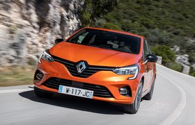 Renault Clio 2019 LHD launch car front cornering shot