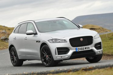 Jaguar F-Pace vs BMW X3 vs Land Rover Discovery Sport