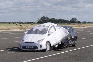 Nissan Leaf AEB crash test