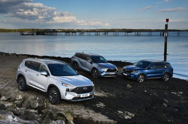 Hyundai Santa Fe vs Kia Sorento vs Toyota Highlander fronts