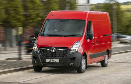Vauxhall Movano front action picture