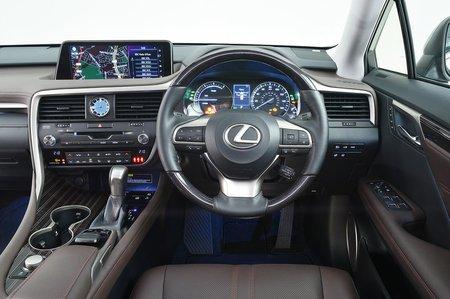 Audi Q7 vs Lexus RX 450h