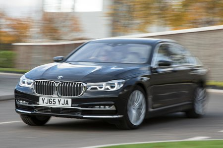 New BMW 7 Series vs Mercedes S-Class