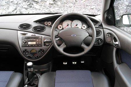 Ford Focus (98 - 04)
