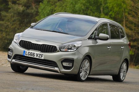 Used Kia Carens 13-present