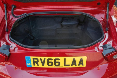 Used Fiat 124 Spider 16-present
