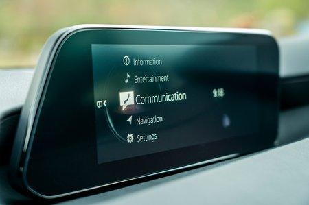 Mazda Mazda3 2019 RHD infotainment