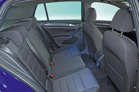 Volkswagen Golf R rear seats